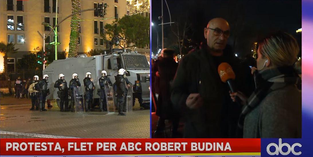 """Robert Budina flet për """"ABC"""" nga protesta: Nuhata se këta të vrasin, duhet të rezistojmë"""