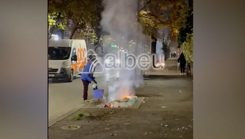 VIDEO / Një shembull i qytetarisë pas protestës, shuan flakët me kovë me ujë!