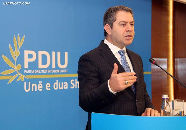 PDIU: Arrestimi i anëtarëve të Aleancës për Mbrojtjen e Teatrit anti-demokratik