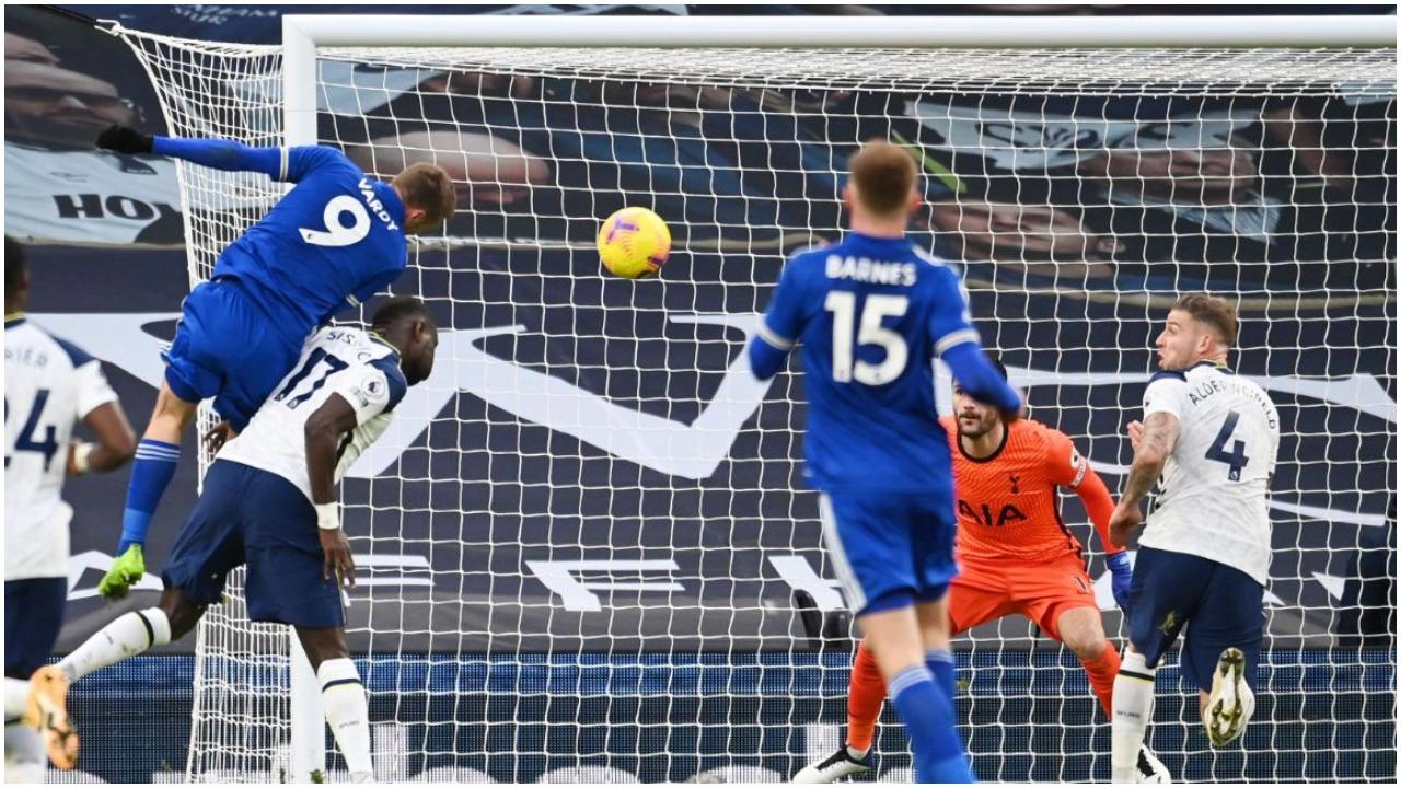 """VIDEO/ """"Dhelprat"""" forcë e dytë, Tottenham humbet prej gafave në mbrojtje"""