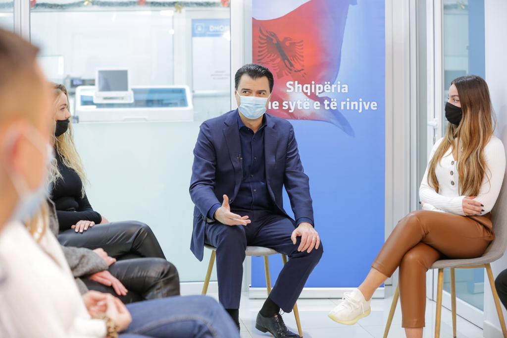 Basha: Po trajnojmë mjekë për Europën, shëndetësia falas përfundoi në PPP