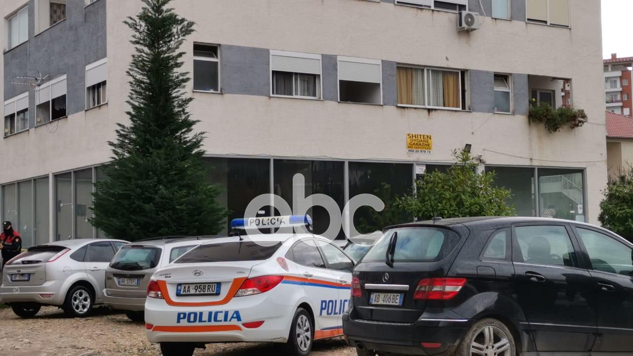 Krim brenda familjes, vriten me armë zjarri dy motra në Tiranë