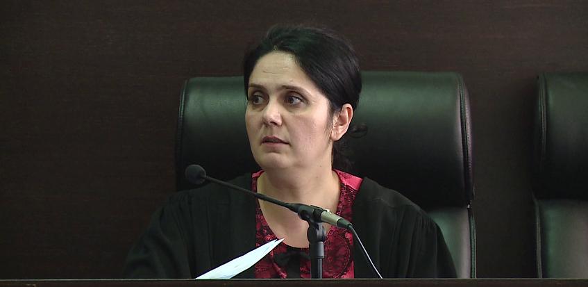 KLGJ nis mbledhjen për shkarkimin e gjyqtares Enkelejda Hoxha