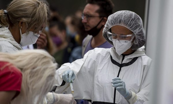 Bullgaria planifikon të nisë vaksinimin kundër Covid-19 gjatë këtij muaji