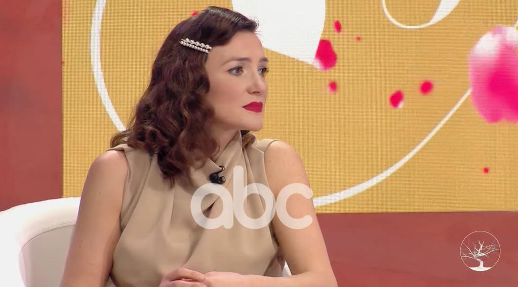 Marsela Çibukaj flet për sëmundjen e së ëmës dhe periudhën e saj më të vështirë