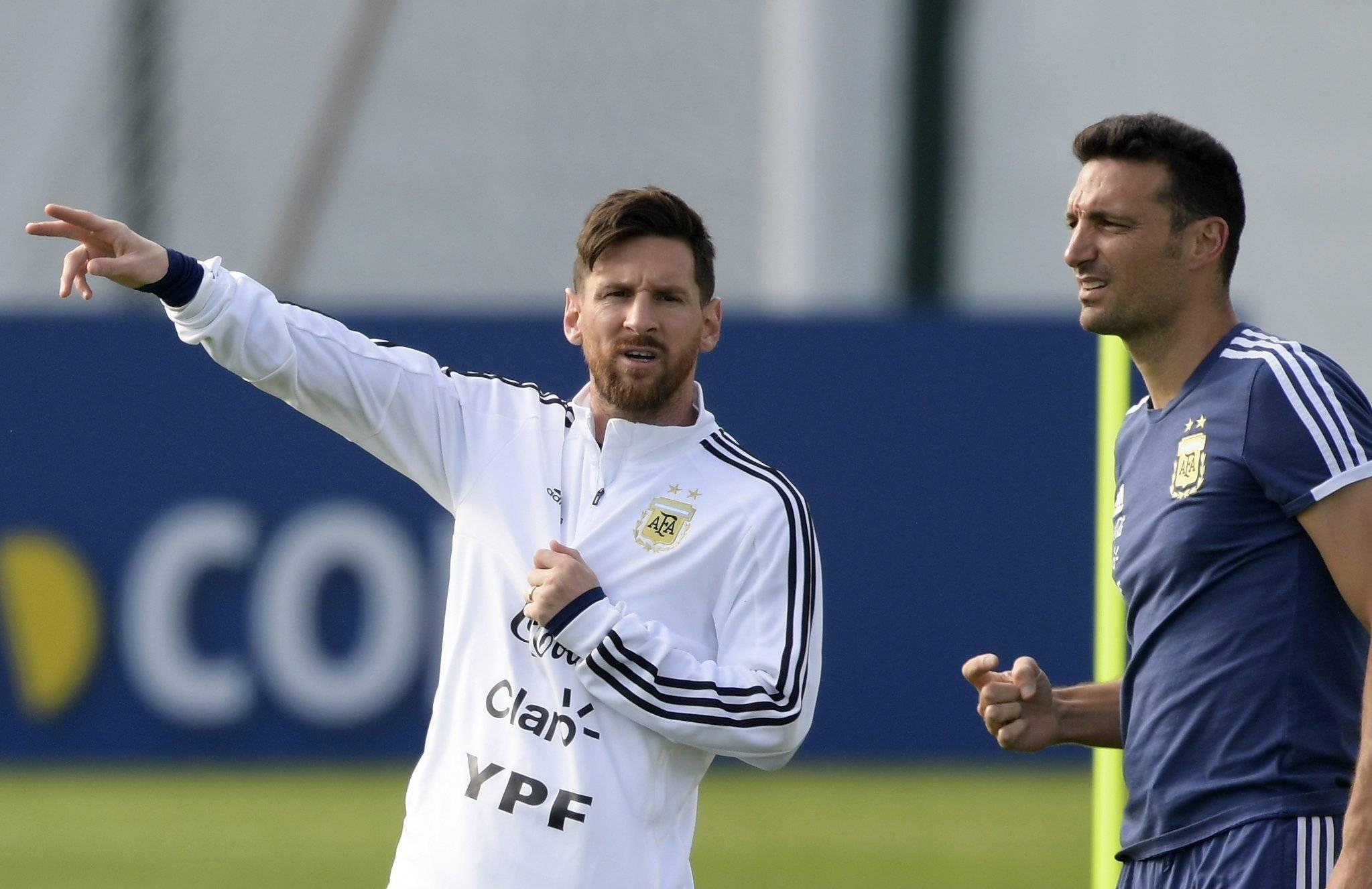 "Votoi Mane para Messit, trajneri i Argjentinës ndez ""zjarrin"" me kapitenin"