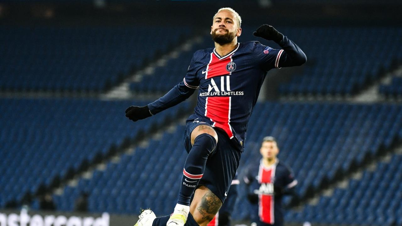 Pritet publikimi nga klubi, Neymar ka firmosur kontratën e re me PSG
