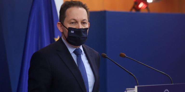 Festat e fundvitit në pandemi, Petsas: Rregullat e reja anti- Covid që hyjnë në fuqi në Greqi