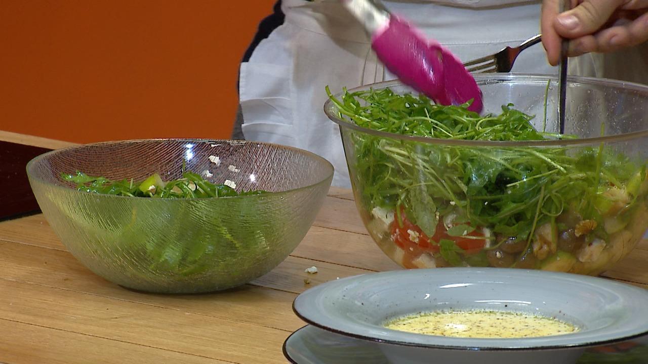 Supe me bajame dhe arrë kokosi – Receta nga Florenca Reçi