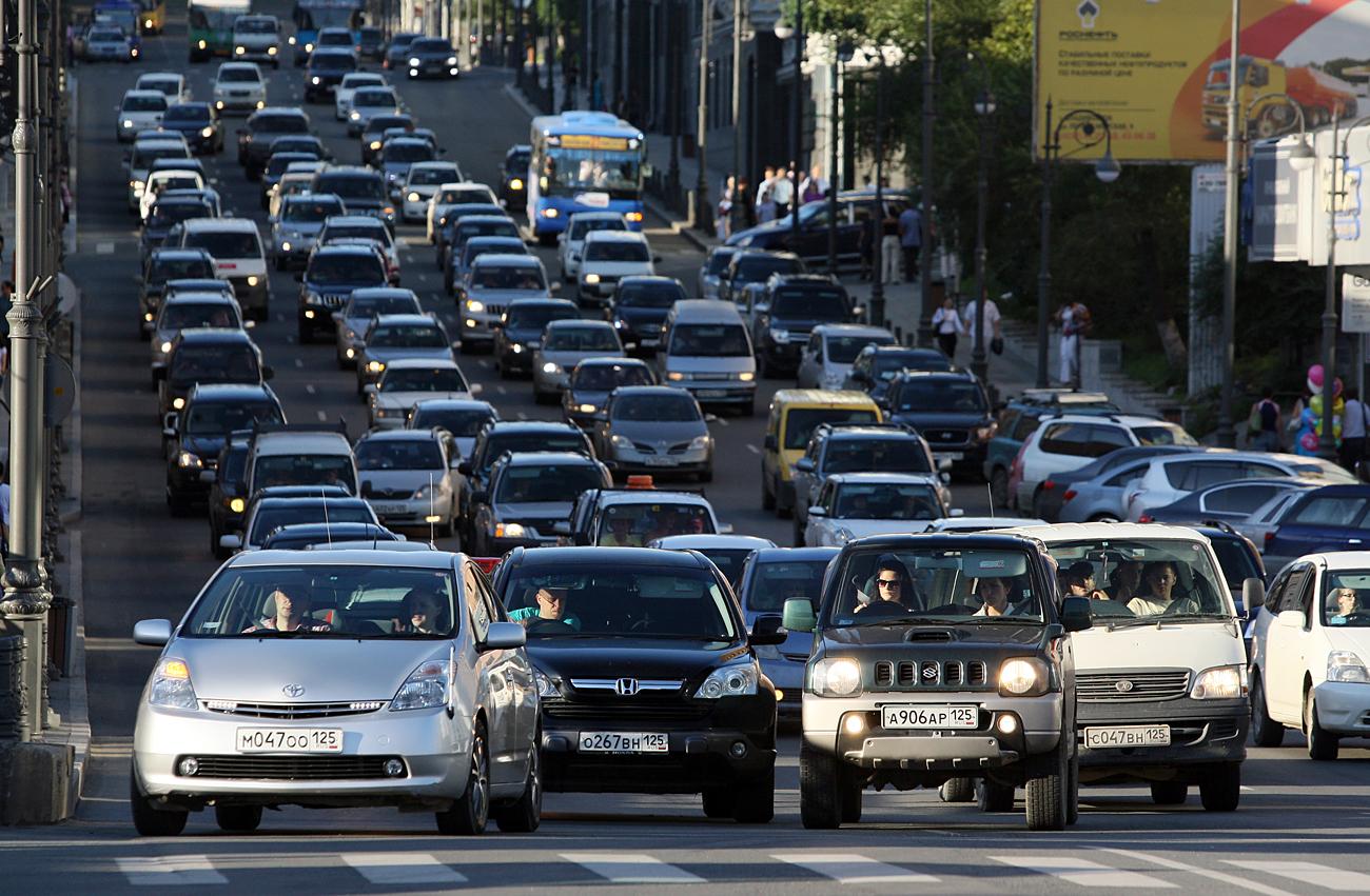 Japonia ka një synim për automjetet me benzinë