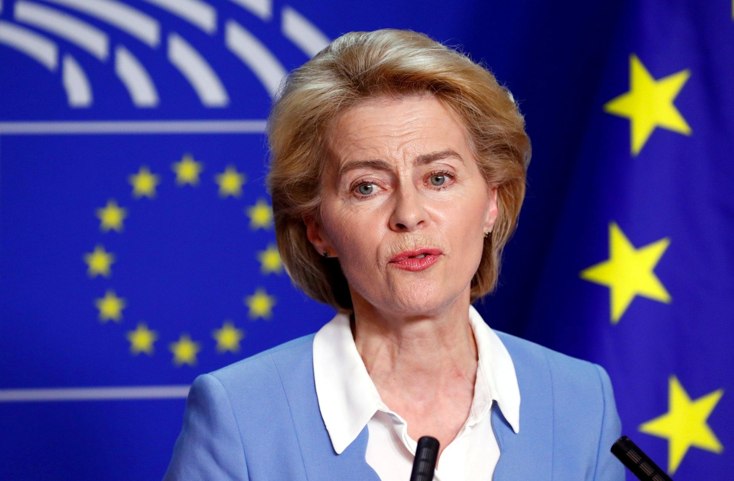 Von Der Leyen: Sot kthejmë faqen e një viti të vështirë, nesër vaksinimi në të gjithë vendet e BE-së