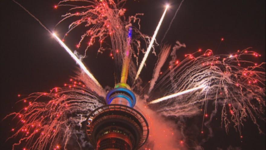 Pamje spektakolare: Viti i Ri mbërrin në Zelandën e Re