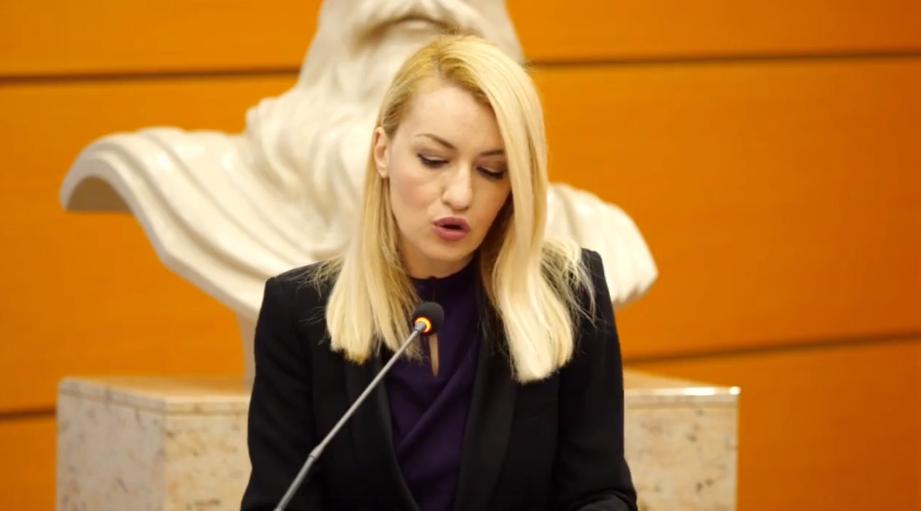 Romina Kuko: Do të shtojmë orët policore në shkolla