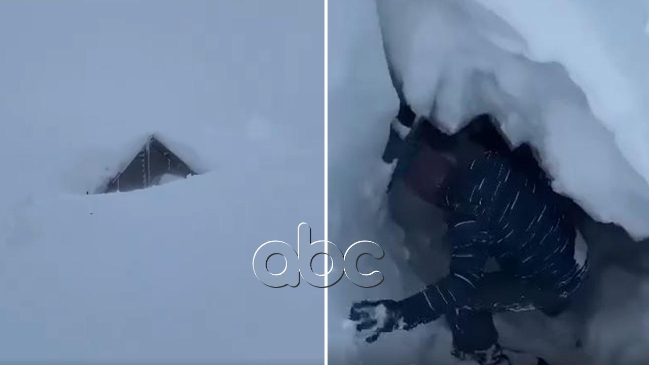 """""""O Pjetër…""""! 4 metra nën dëborë, momenti kur shpëtohet banori në Veri"""