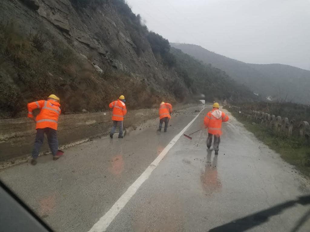 Përmbytjet, ARRSH jep detaje mbi gjendjen e akseve kombëtare