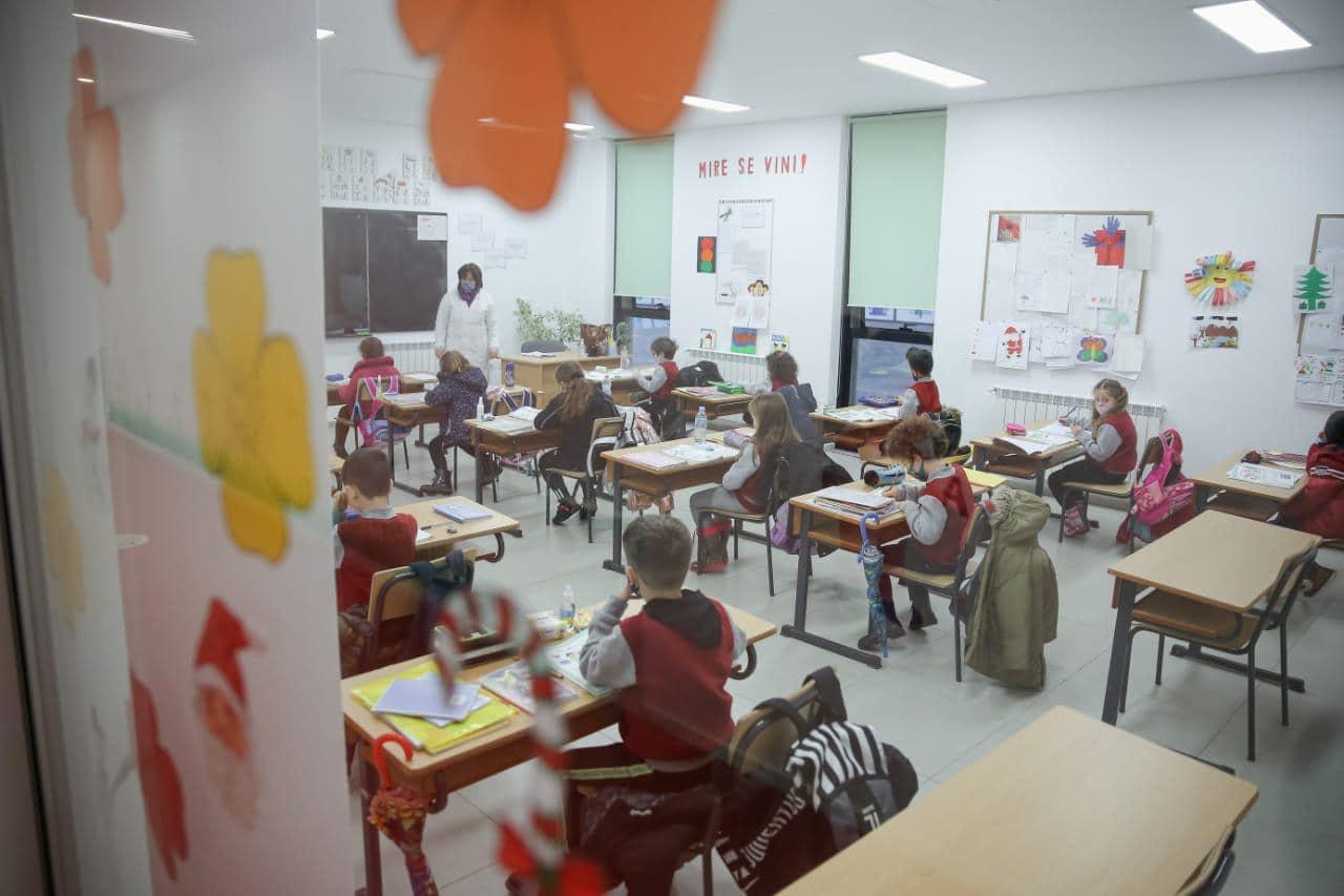 Ulja e temperaturave, Kushi njoftim për shkollat: Si të bëhet ajrosja