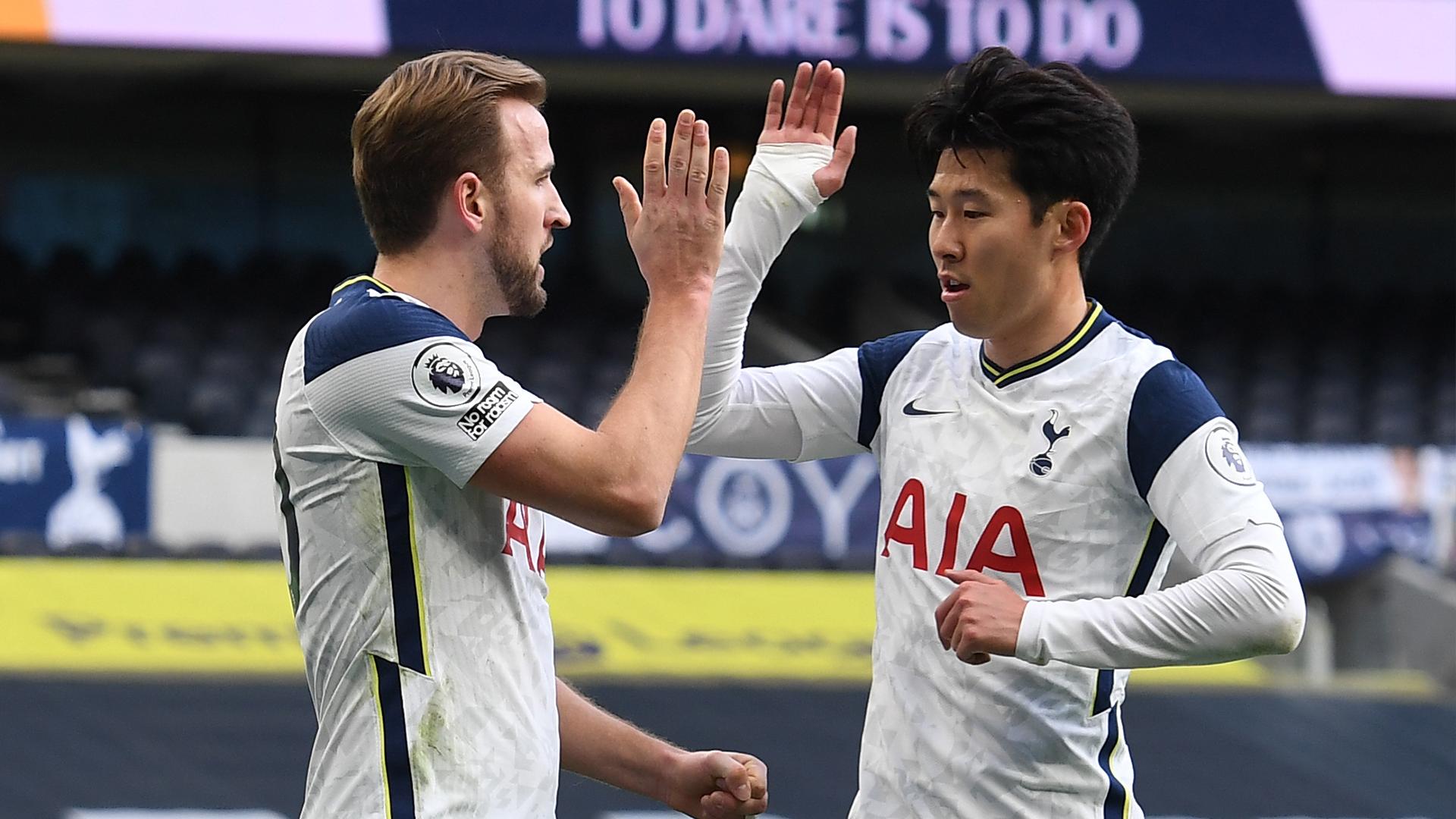 """VIDEO/ Tottenham nuk pyet për Leeds United, e nis me """"tris"""" vitin"""