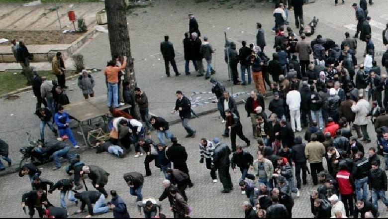 10 vite më pas, Ndrea Prendi flet për herë të parë për 21 Janarin: Plumbat janë rikoshetë
