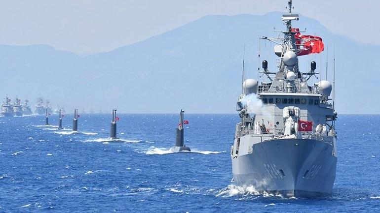 """Turqia sfidon dialogun me Greqinë, """"bllokon"""" Egjeun për një vit"""