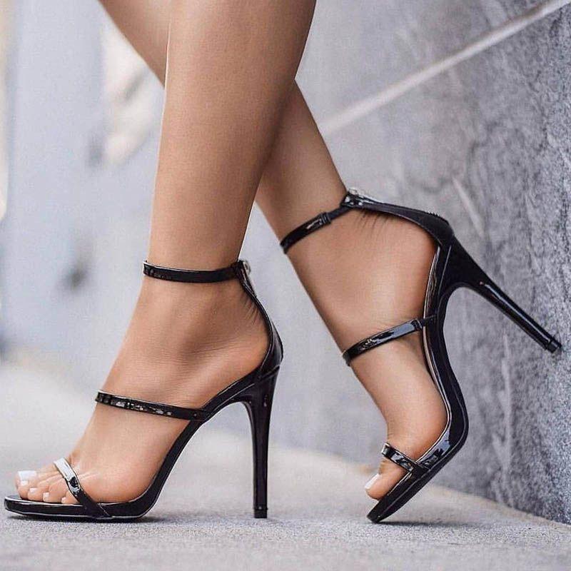 3 mënyra si të gjeni këpucët ideale me takë, që mos t'ju dhembin këmbët!