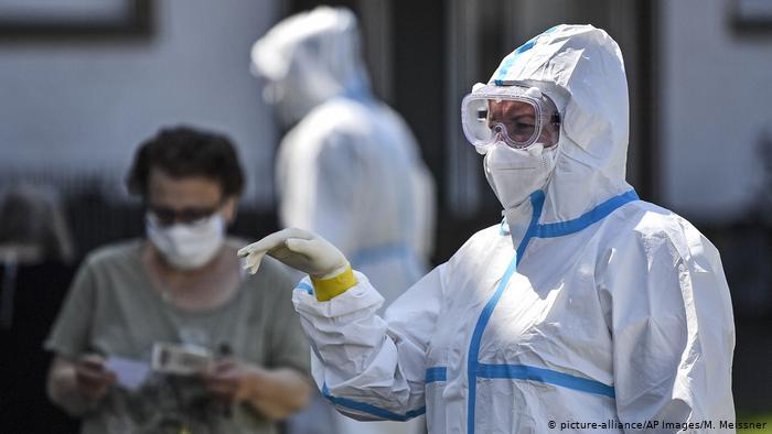 Spitalet drejt ezaurimit, Gjermania tejkalon 2 milionë raste me koronavirus