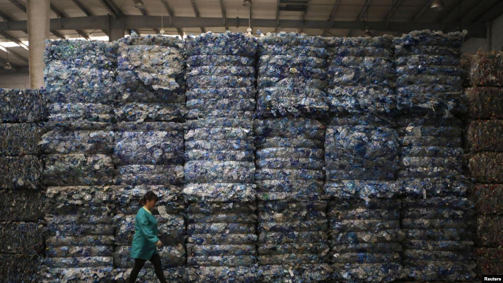 Tani, mbetjet plastike do të shpërbëhen më lehtë