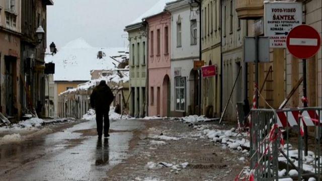Pas tërmetit, banorët në Kroaci përballen me të ftohtin