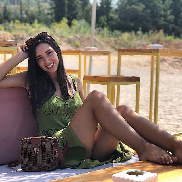 FOTO/ Fansi i kërkon leje për ta bërë tatuazh, Nevina Shtylla i jep përgjigjen epike