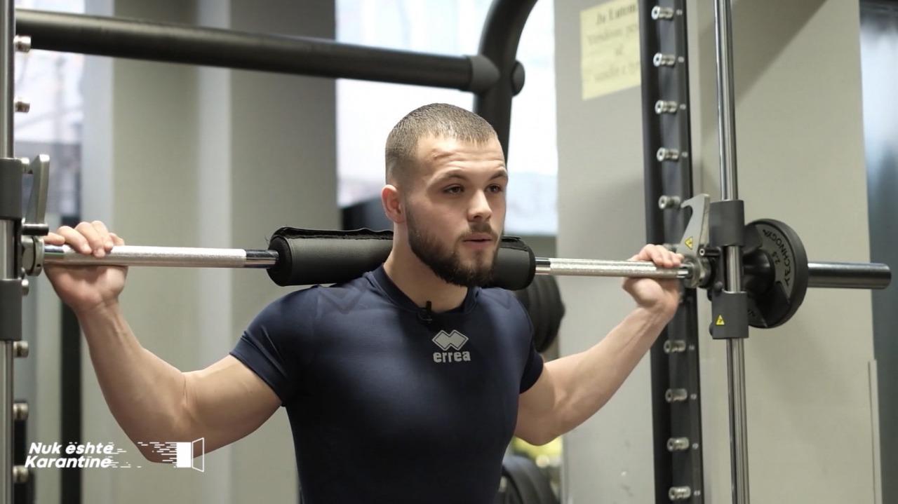 """""""Isha 106 kg, doja të dobësohesha"""", kampioni rrëfen rrugëtimin në bodybuilding"""