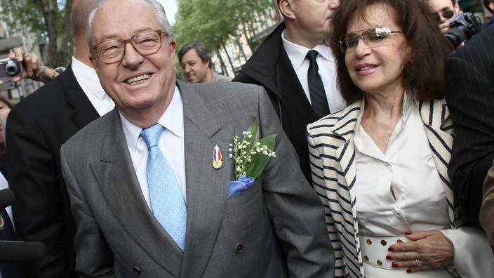 92 vjeçari, Jean Marie Le Pen martohet sërish me bashkëshorten e tij