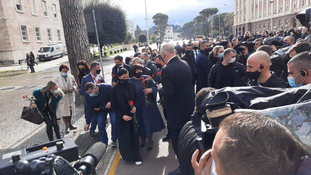 """Policia kërkoi rihapjen e dosjes """"21 Janari"""", Gjonaj: Prokuroria tani të hetojë"""