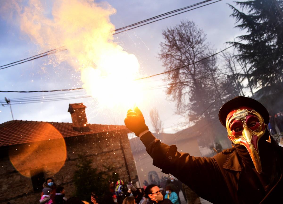 Bullgaria dënon djegien e flamurit bullgar në Maqedoninë e Veriut