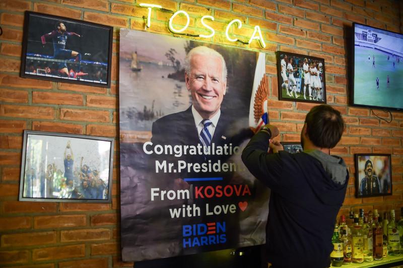 Biden mund të korrigjojë gabimet e Trump në Ballkan por nuk mund të shmangë ato të Obamës