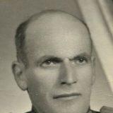 Historia e deputetit që u ekzekutua me artileri në shpellë dhe fjalët e Hoxhës: Mos shoku Haxhi
