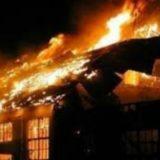 E rëndë, zjarr në një stan në Finiq, digjen 200 dele