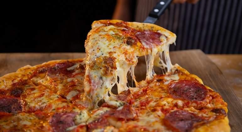 Ekziston një hile për të larguar kaloritë nga pica