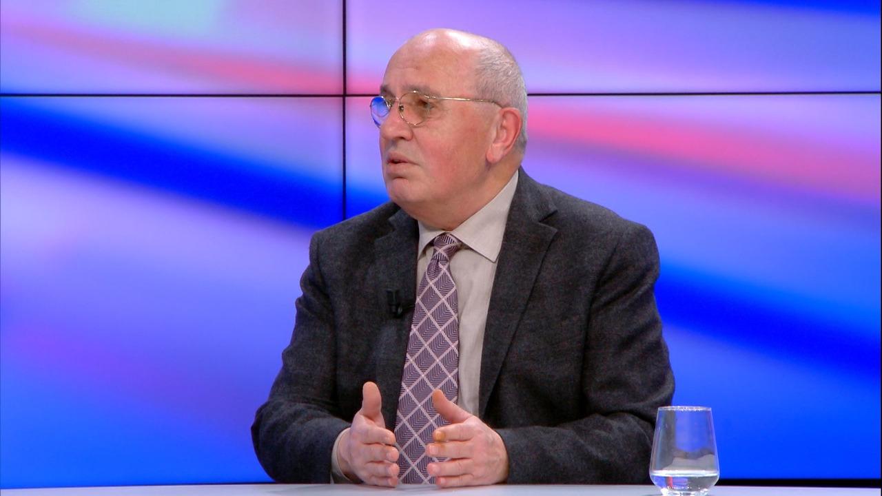 Kim kërkoi pastrimin e listave, Mustafaj: Mesazh i qartë për mazhorancën, jo opozitën