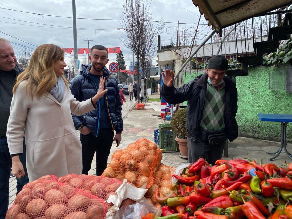 Tabaku: Bizneset dhe qytetarët mbështesin uljen e taksave nga PD, më 25 prill fiton Shqipëria