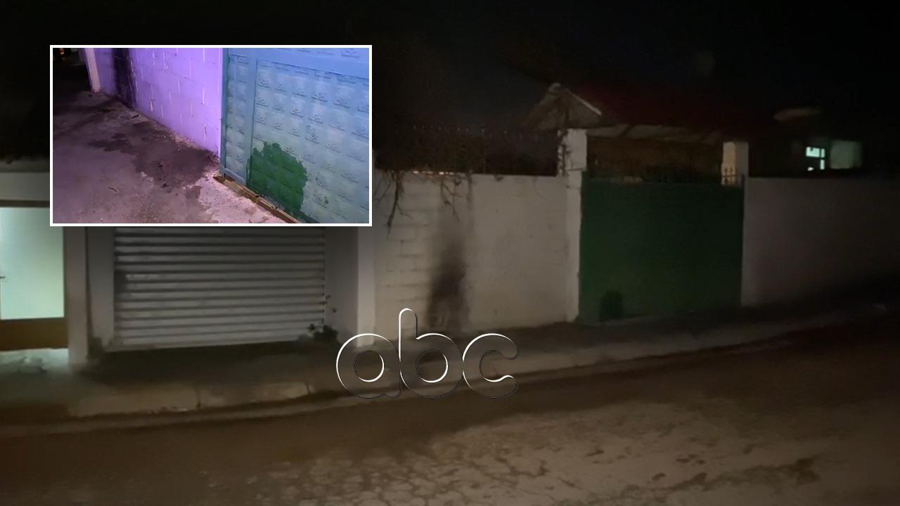 """""""Çmendet"""" i riu në Elbasan, i vë zjarrin me benzinë shtëpisë së tij dhe të fqinjit, disa të asfiksuar"""