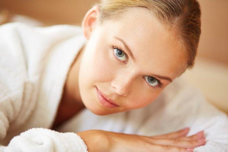 Terapia me akull, ideale për pastrimin e fytyrës!
