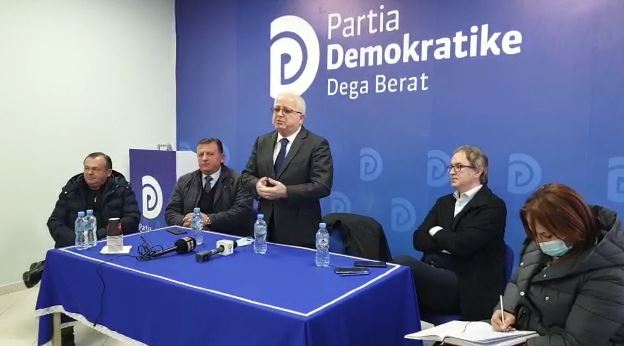 Alizoti prezantohet si drejtues politik në Berat: Këtë herë duhet t'i bëjmë gjërat më mirë