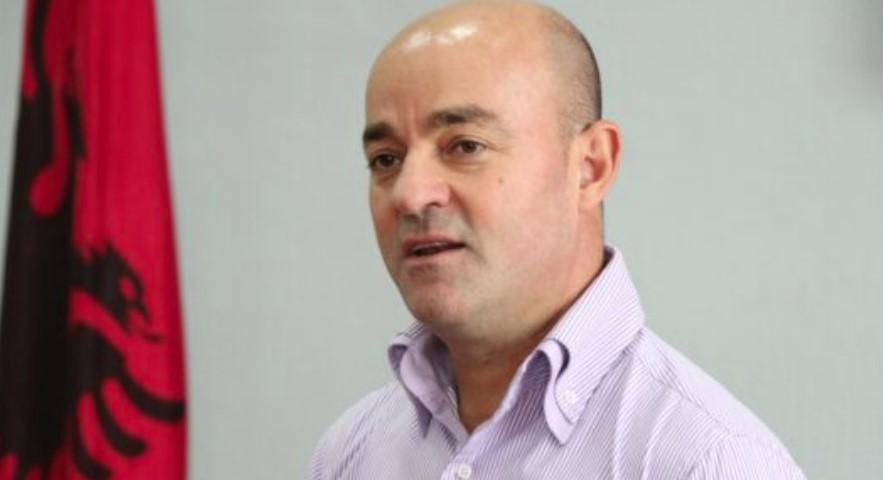SPAK zgjat me tre muaj pezullimin nga detyra të Artan Shkëmbit