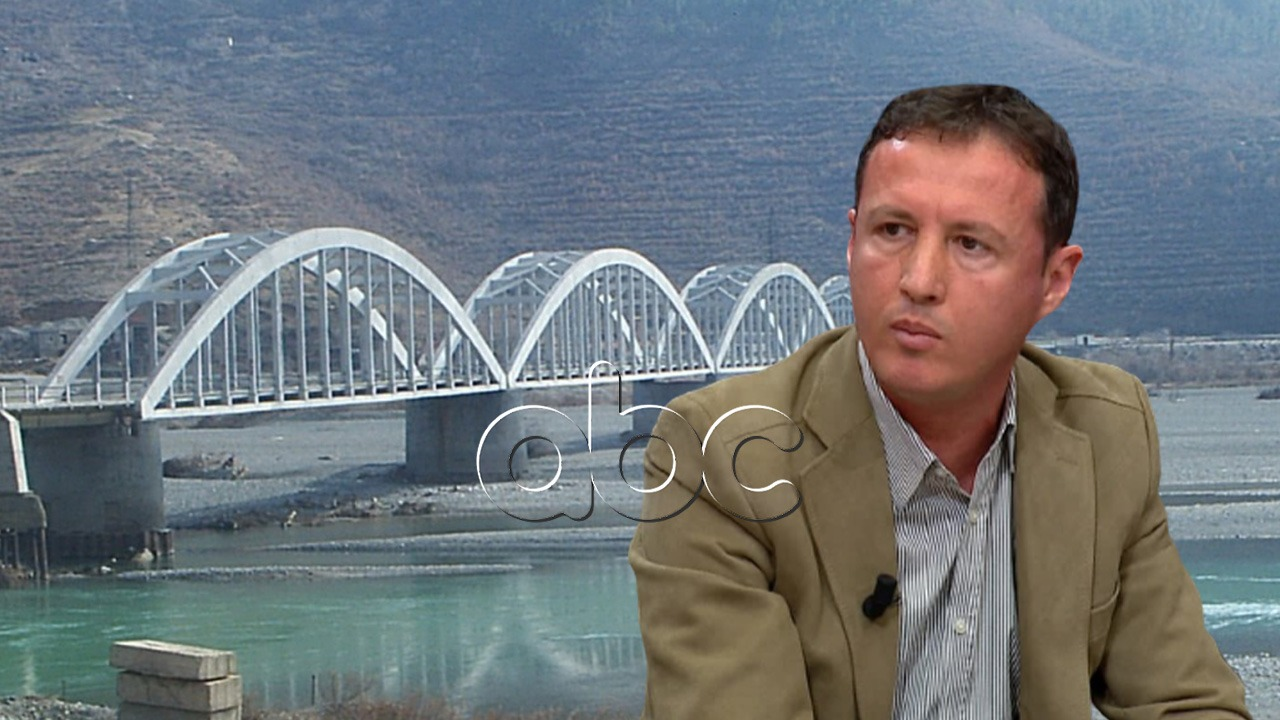 """""""Ura e Matit po shembet"""", aktivisti denoncon: Monument kulture, nuk mund ta tolerojmë"""