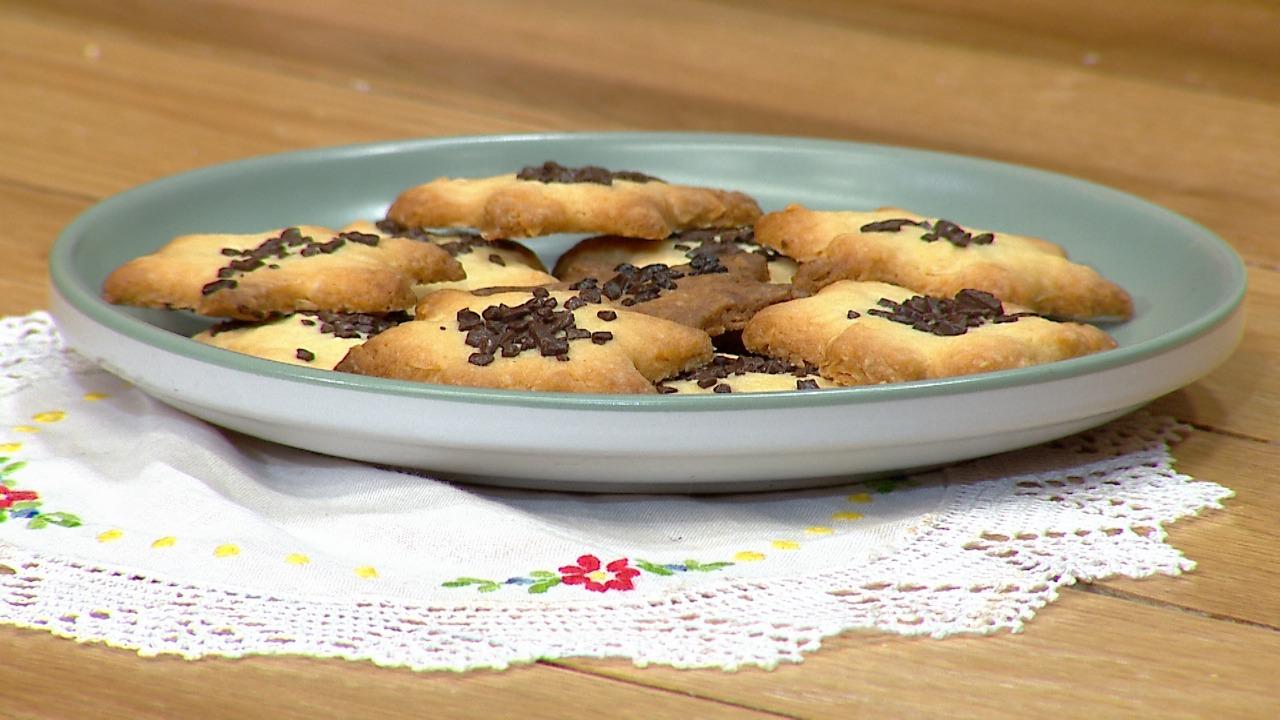 Biskota me bajame – Receta nga Florenca Reçi