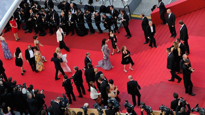 Pas shtyrjes nga pandemia, zbulohet muaji kur mund të zhvillohet festivali i filmit në Cannes