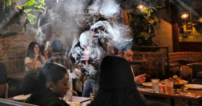 Kryebashkiakja e Amsterdam do ndalojë turizmin e kanabisit