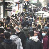 Ç'po ndodh në Athinë? Mijëra njerëz pushtojnë rrugët e kryeqytetit grek