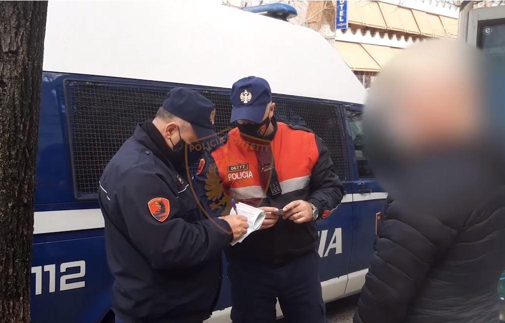 Shkelën masat anti Covid, gjobiten 923 qytetarë të pabindur