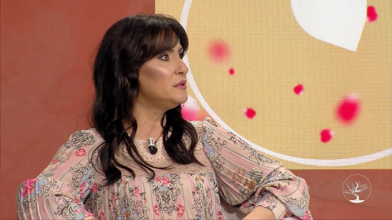 Iva Tiço: Unë e di peshën e fjalës, suksesin nuk e mas me punët apo numrin e titujve