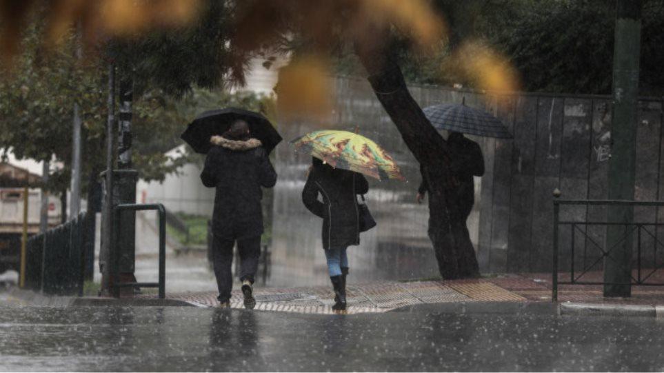 Fundjava sjell stuhi në Greqi, nga e marta dëborë dhe temperatura të ulëta